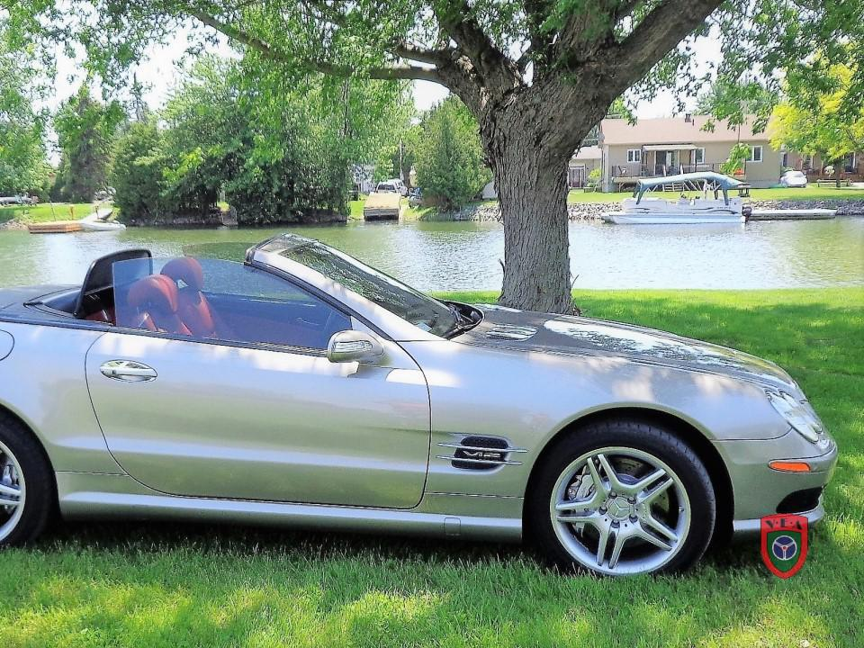 Mercedes-Benz SL600 – 2006