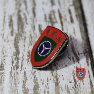 pins-4